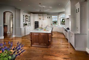 Epic Interiors - Crestwood Cabinets